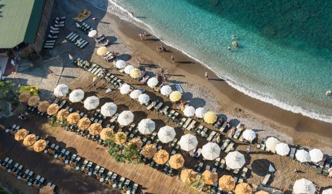 Турция открыта для рейсов - Пляж в Алании