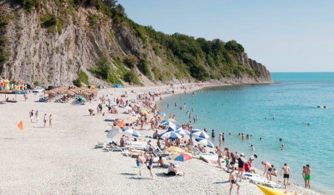 Центральный пляж в Ольгинке
