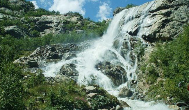 Алибекский водопад