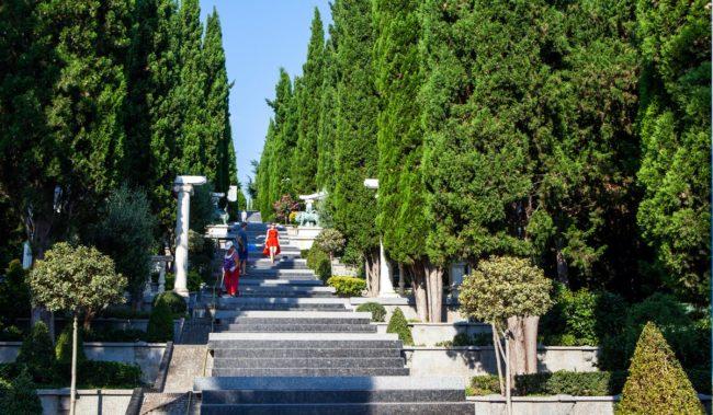 Лестница Раевского в парке Айвазовского