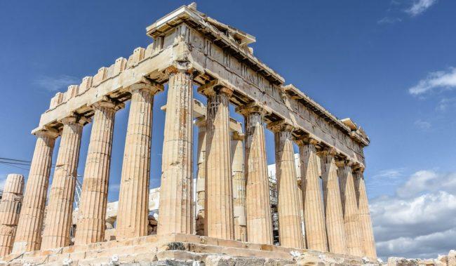 Парфенон на Акрополе в Афинах