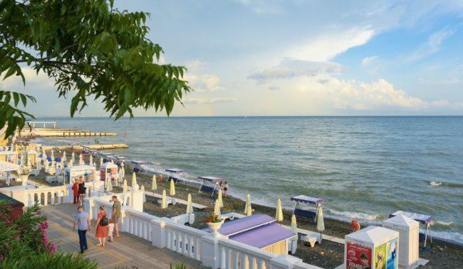 Пляж Солнечный в Сочи