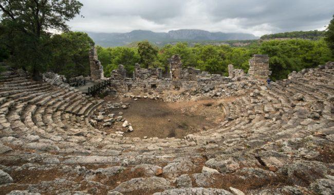 Руины античного города Фаселис в Кемере