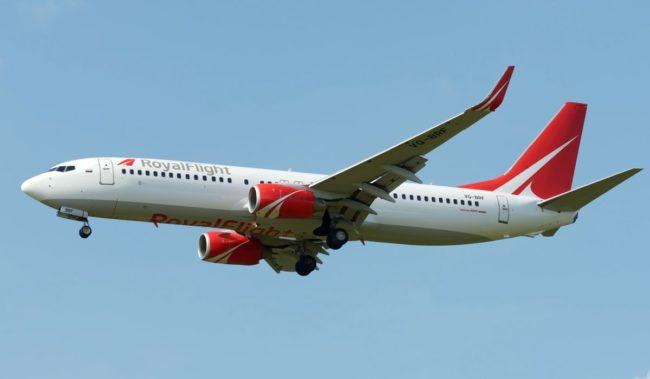 Самолет авиакомпании Royal Flight Boeing 737-800