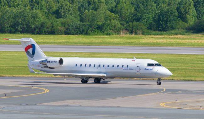 Самолет авиакомпании Северсталь Bombardier CRJ200