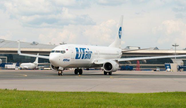 Самолет авиакомпании Utair Boeing 737