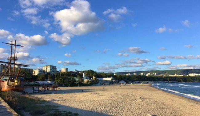 Центральный пляж в Варне
